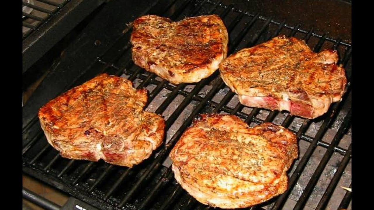 Стейк из свинины на сковороде рецепт пошагово в домашних условиях