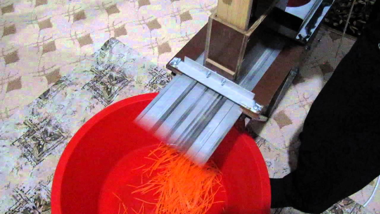 Самодельная терка для моркови по-корейски