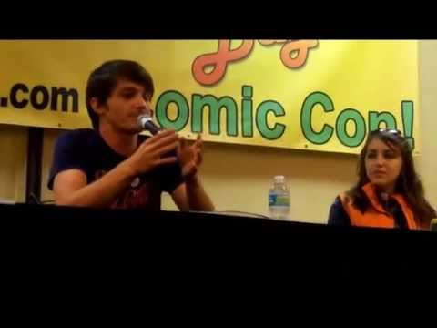 【Tampa Bay Comic Con 2013】Drake Bell Q&A Panel (Part 1)