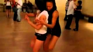 HOT Cewek Goyang Sambil Sange - Sexy Dancer Hot Girl