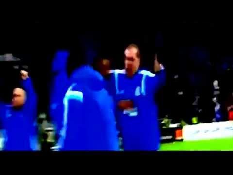 Marcelo Bielsa's joy after Marseille scores a 3rd goal against Metz