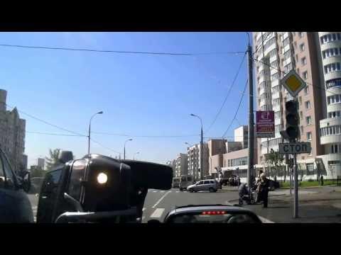 Авария в Митино на перекрестке ул. Белобородова и ул. Рословка 6 машин