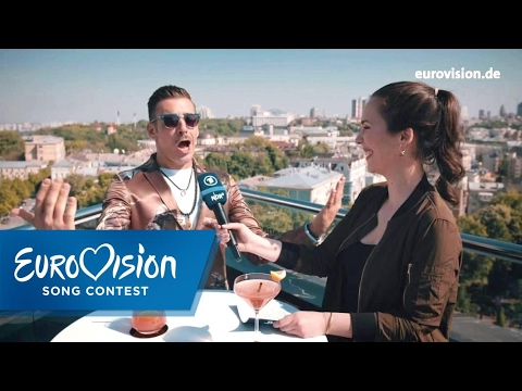 Alina Stiegler trifft Francesco Gabbani | Eurovision Song Contest | NDR