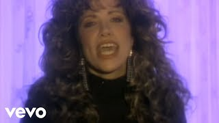 Watch Carly Simon Coming Around Again video