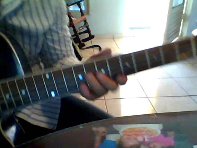 adorno de guitarra para presumir a los que no saben