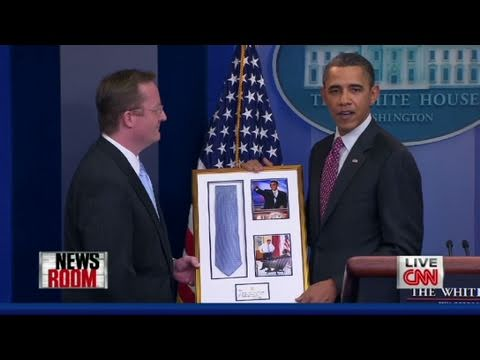 CNN: Pres. Obama s surprise for Gibbs  last day