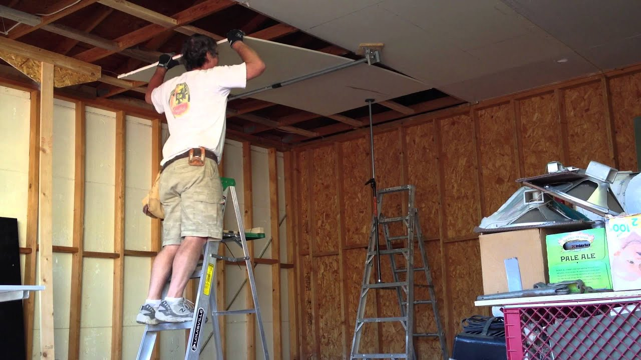 One man drywall installation on ceiling 2.0 - YouTube