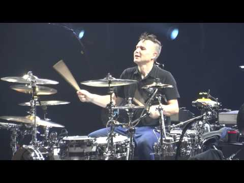 Mark Hoppus drum solo