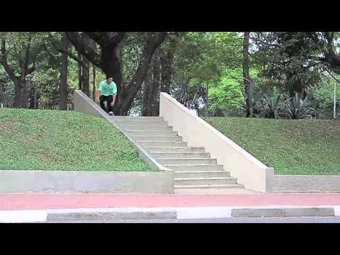 Cerezini Skate Shop apresenta: Carlos Ribeiro.