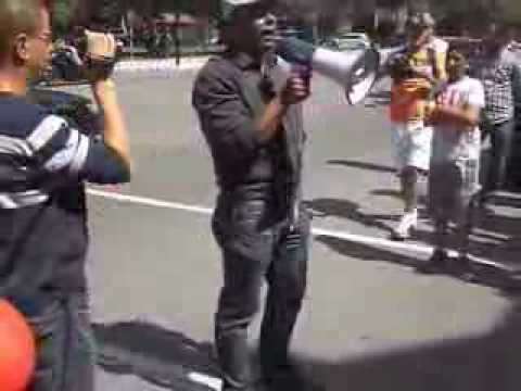 Manifestation des marocains du Canada devant la consulat du Maroc a Montreal