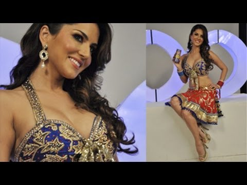 Sunny Leone's Looks Hot  Xxx Energy Drink Photo Shoot video