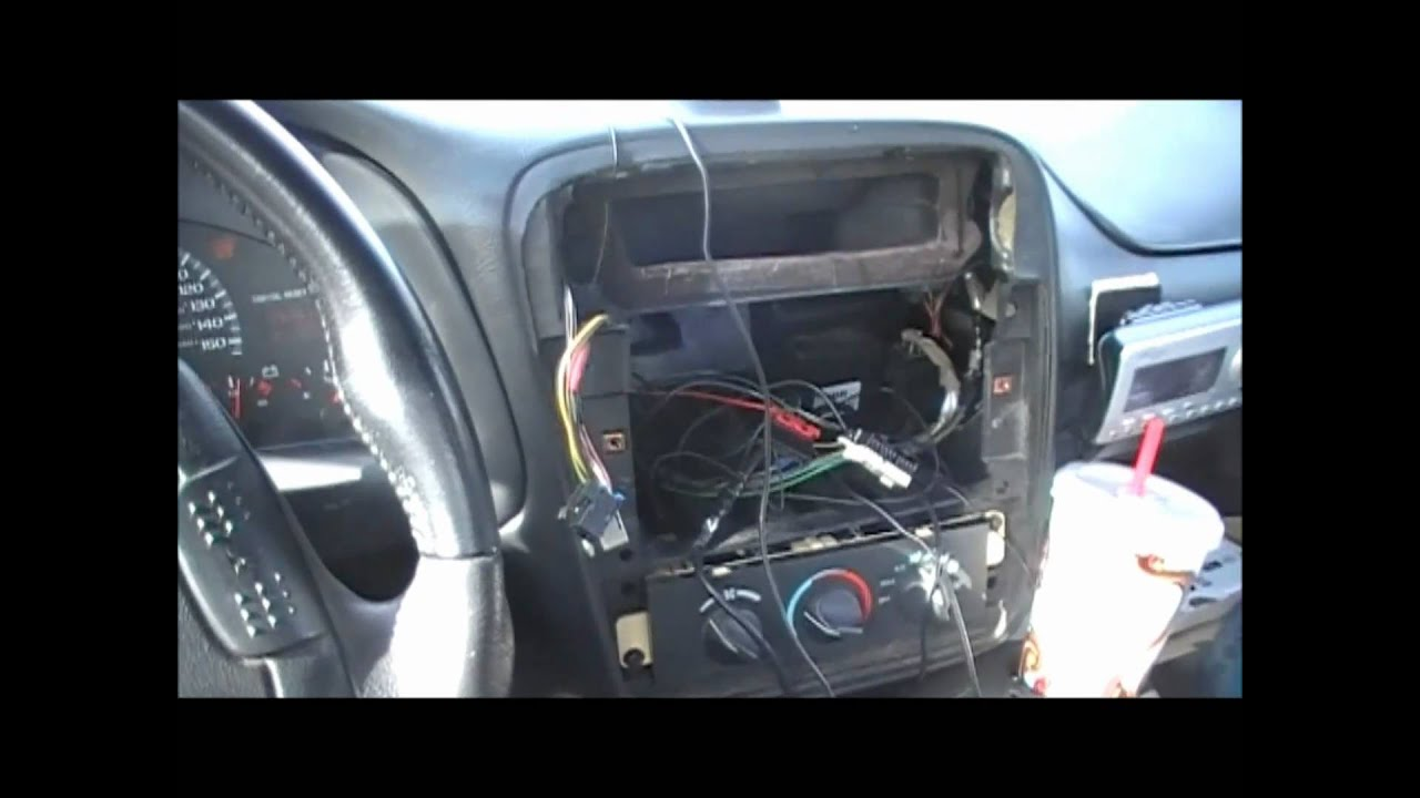 95 Camaro Wiring Harness Removal : Radio removal and replacement in a camaro z while