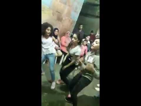 اجمد حاله واتس بنات صغيرين بيرقصو رقص فاجر علي مهرجان فرتكه فرتكه thumbnail