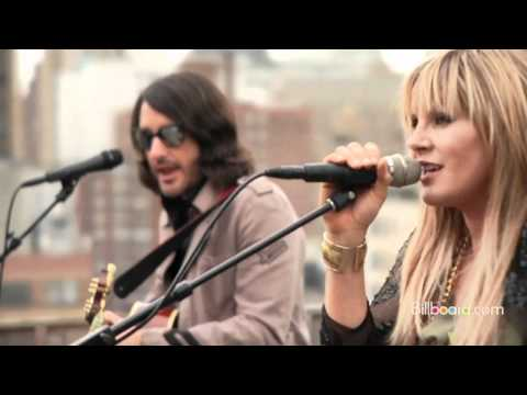 "Grace Potter and The Nocturnals - ""Medicine"" LIVE"
