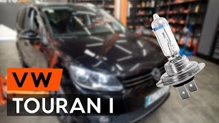 How to replace headlight bulb on VW TOURAN 1 (1T3) [TUTORIAL AUTODOC]