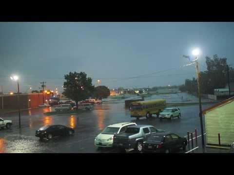 Tormentas,Tormentas electricas,Tormentas de arena,Tormentas de nieve,Lluvia,Tornados y Hurracanes.