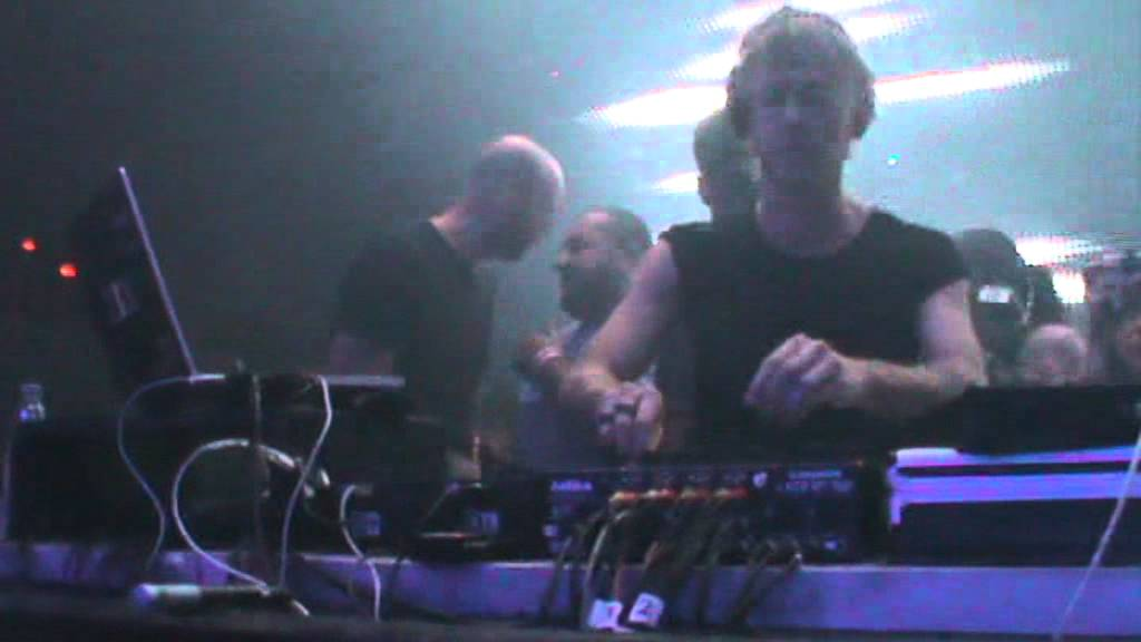 Richie Hawtin @ Cocoric� Riccione 15-08-2011 - YouTube