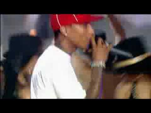 LIVE ! Pharrell & Snoop - Drop It Like It's Hot