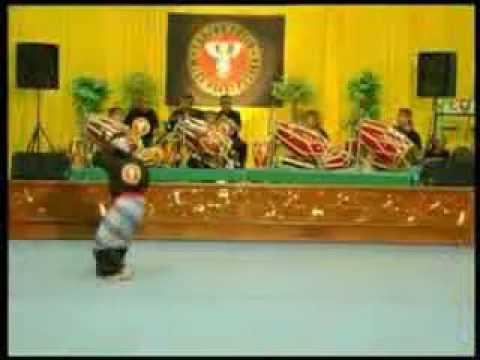 Pencak Silat Sunda Borondong Garing video