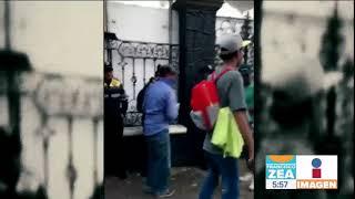 ¡Video viral! Migrantes comparten agua a policías capitalinos | Noticias con Francisco Zea  from Imagen Noticias