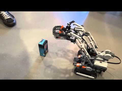 Robotic Arm: LEGO MINDSTORMS NXT 2.0: The Snatcher