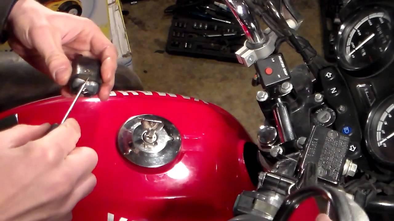 Как правильно повесить брелок от сигнализации на ключ Как правильно повесит