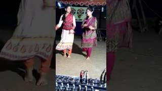 ai meyeder  dance dekle matha ghore jabe....