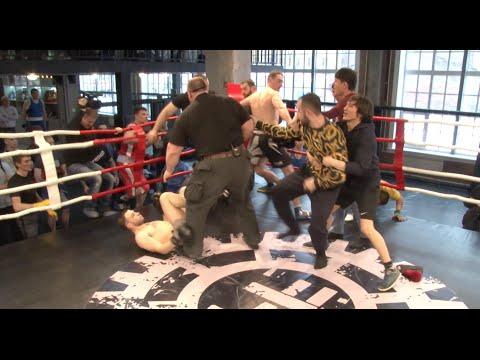 Массовая драка на турнире по Боксу