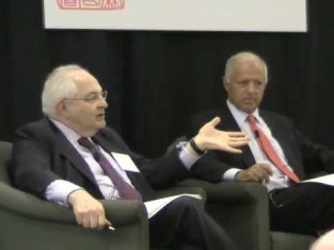 Stephen Roach and Martin Wolf on the Chinese Yuan (National Committee Members Program 2010)