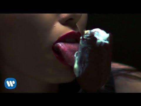 download lagu ROY RICARDO - MONEY CAR B*TCH (Feat. BOY WILLIAM & ANANTA VINNIE) gratis
