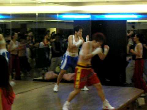 2009 Q4 Body Combat 42 發表會 video