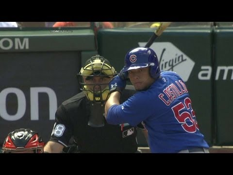 Castillo puts Cubs in lead with solo homer