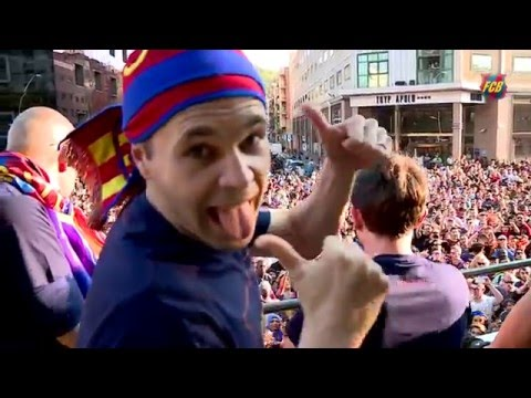 FC Barcelona – La Liga Champions Victory Parade 2016 (Best moments)