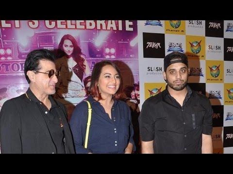 Sexy Sonakshi Sinha  Promoting 'tevar' video