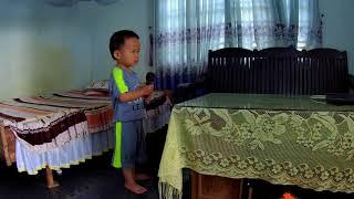 """Thiên Minh Hát Karaoke 01 """" Chú Ếch Con """""""