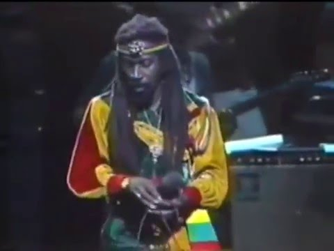 Bunny Wailer - Ballroom Floor (Live at Madison Square Garden 1986)