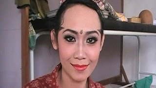 Tips Tutorial MAKE UP Tari Jawa Wanita - Learning Javanese Dance Make Up [HD]