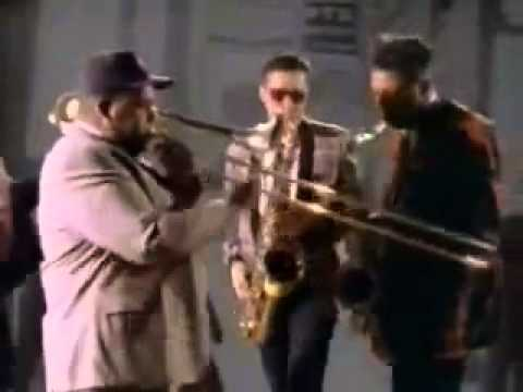 Mighty Mighty Bosstones - Guns And The Young