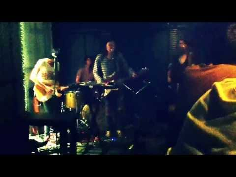 Run ran Run -Paranoid android (Radiohead cover) @Rehab Bar RCA