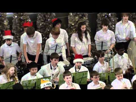 06 Rosemount Middle School Band at MOA 2011-12-19