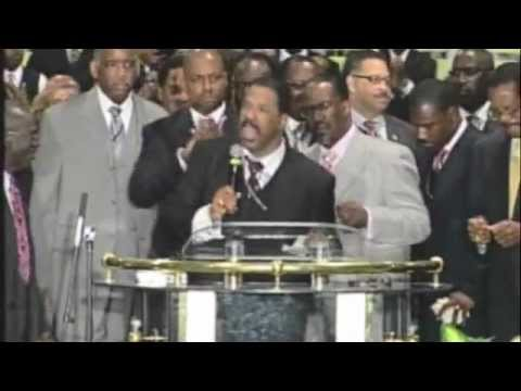 Bishop J. Drew Sheard PREACHING/PRAISE BREAK @ AIM 2012!
