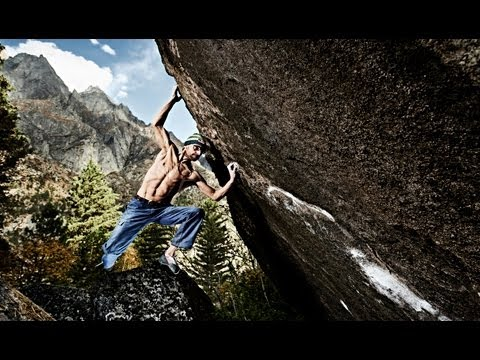 Bouldering in the Himalayas - Bernd Zangerl 2013