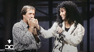 Download Lagu Sonny & Cher reunite for the last time to sing 'I Got You Babe' on Letterman (1987) Gratis STAFABAND