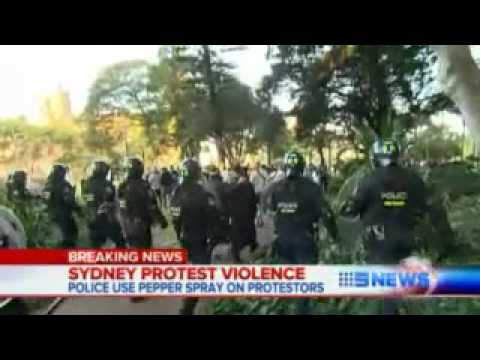 Muslim-protest-in-Sydney-turns-violent