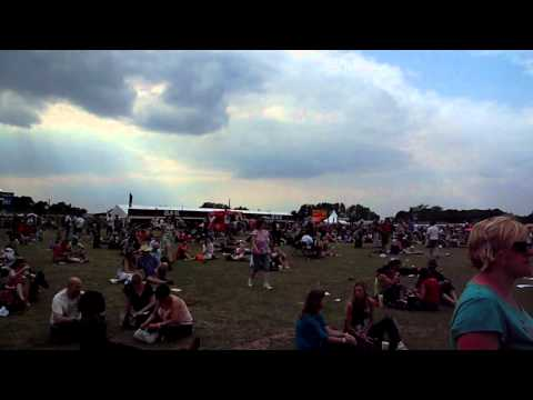 Hop Farm Festival in Kent, 3 July 2011, filmed by HAPPENSTANCE