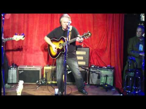 NAMM 2012 - U2 Medley - Doyle Dykes&Dave Pomeroy