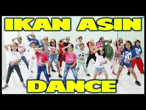Download IKAN ASIN VIRAL - DANCE BY TAKUPAZ KIDS - CHOREOGRAPHY BY DIEGO TAKUPAZ Mp4 baru