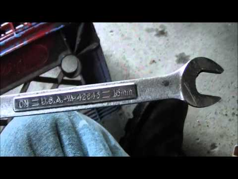 how to change front sway bar links on a ford focus