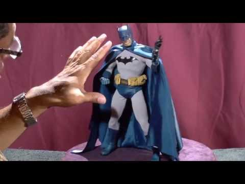 Batman/Sideshow 1/6 Scale 12 inch Action figure review.
