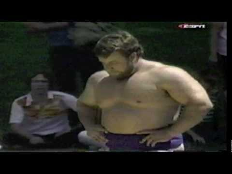 Huge Powerlifters Sumo Wrestling – Ernie Hackett vs Geoff Capes